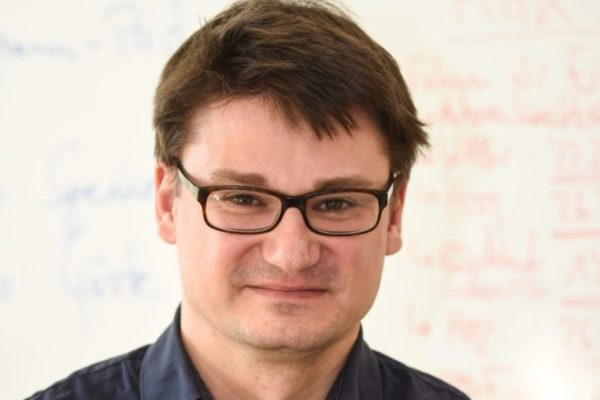 """Dr. Sebastian Gießmann von der Uni Siegen gewann den Übersetzungspreis von """"Geisteswissenschaften International"""""""